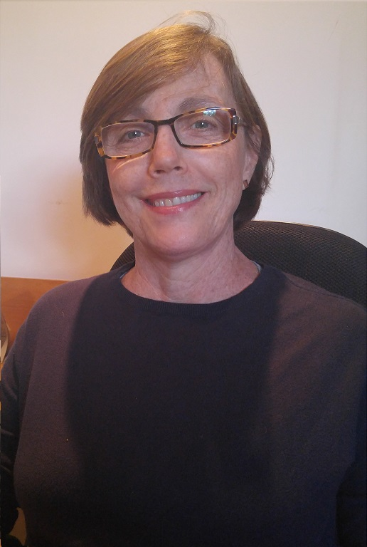 Profa. Claudia Moraes Rezende